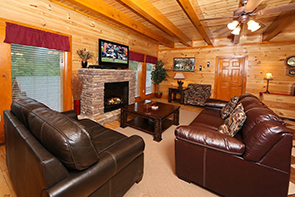 Mountain Movie Inn 6 BR Cabin